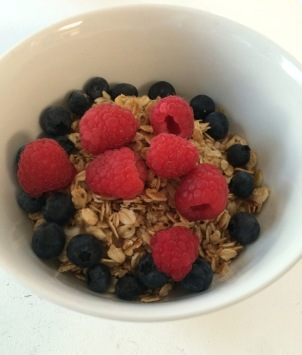 HONEY & CHIA GRANOLA