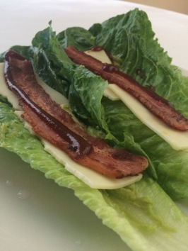 BACON N' GUAC LETTUCE WRAP